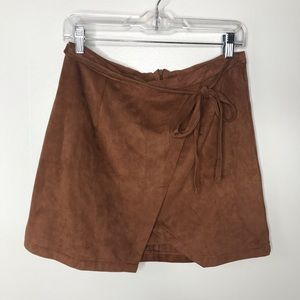 Living Doll LA brown faux suede skirt with tie Lg